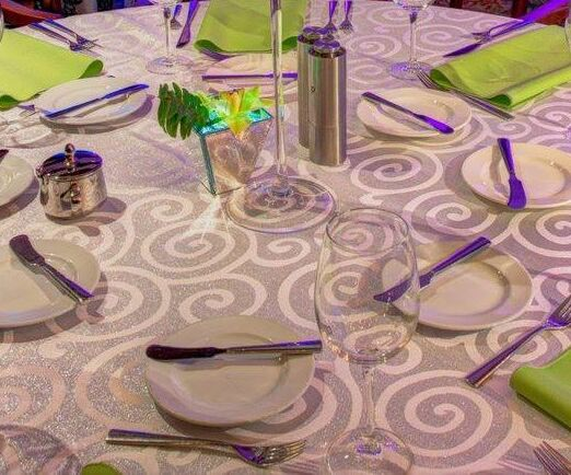 White Metallic Scroll Linen S
